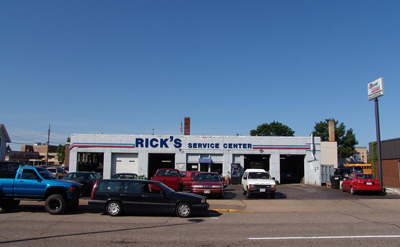 Rick's Service Center Front
